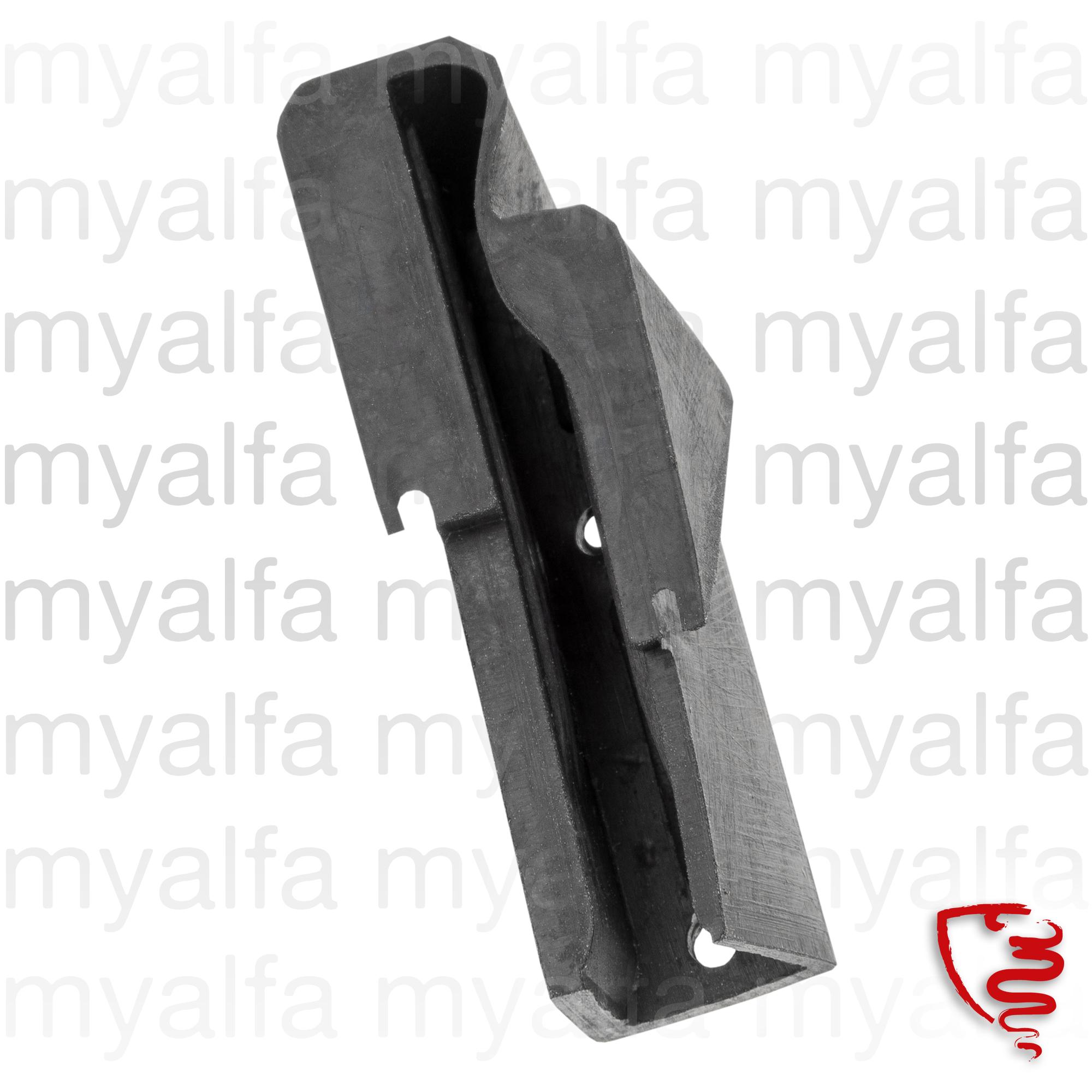 Triangle Gutter seal door GT - esq. for 105/115, Coupe, Body parts, Rubber parts, Door grommets/felt/seals